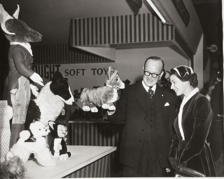 The Queen at 1957 Trade Fair